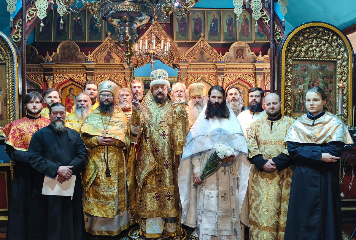 Иерейская хиротония в Украинской архиепископии