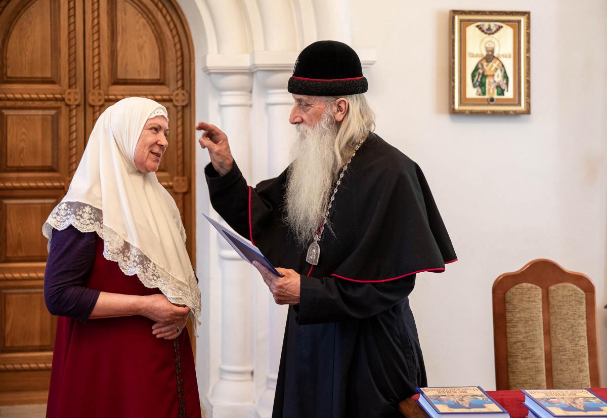 Митрополит Корнилий поздравил выпускников МСДУ